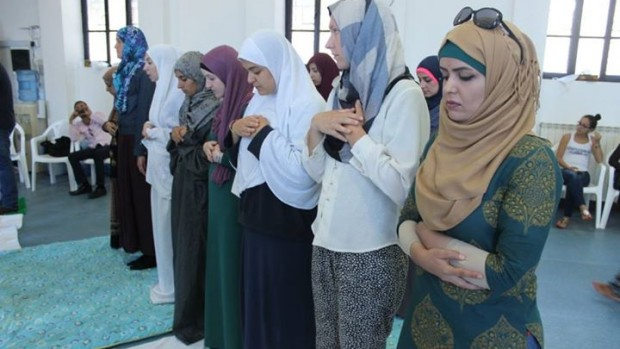 Vi har leet og grædt sammen med kristne og muslimer i næsten 50 år
