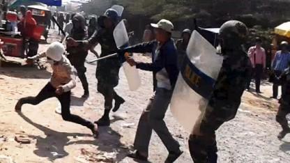 Opfordring til regeringen: Fordøm overtrædelser af menneskerettighederne i Cambodja