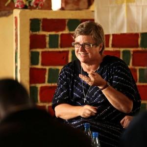 Læs her hvorfor DU skal med Else Højvang til Tanzania