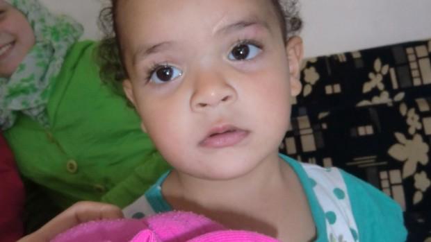 Din støtte hjælper 3-årige Sama og hendes familie i Syrien