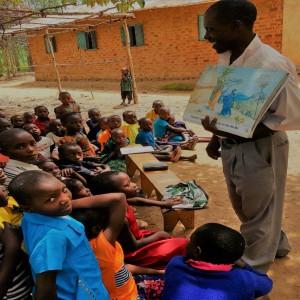 Afrikanske lærere skal få deres elever til at diskutere