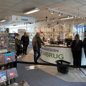 64 af Danmissions genbrugsbutikker er nu åbne