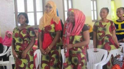 57 nyuddannede syersker fra Upendo