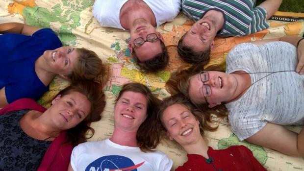 5 unge i praktik i Afrika og Asien