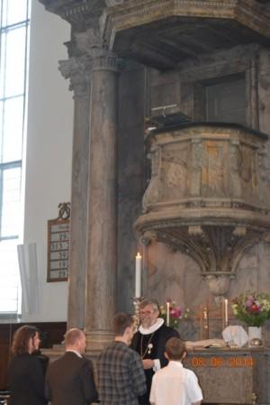 Udsendelsesgudstjeneste - familie og Peter Fischer-Møller